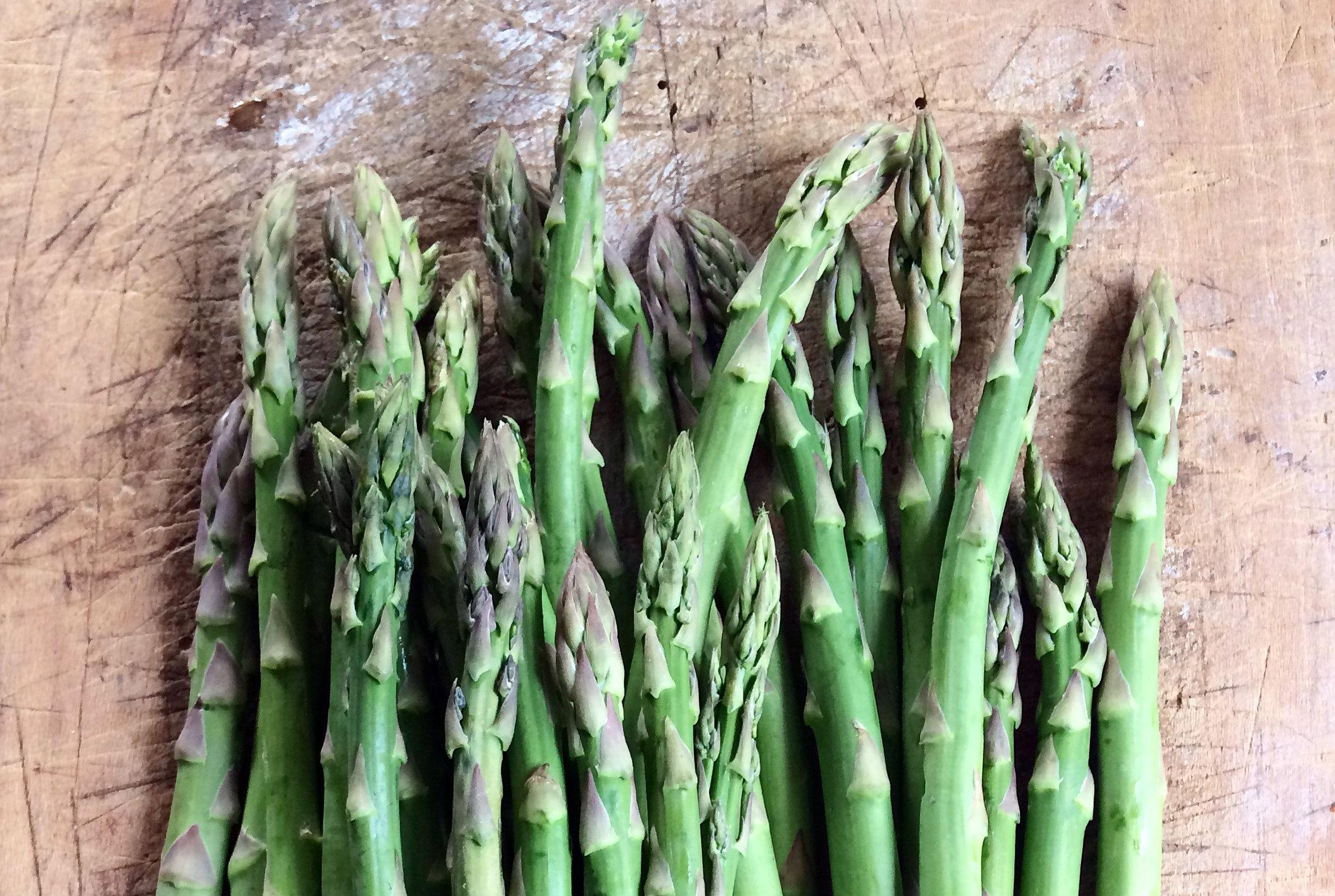 Vin til asparges
